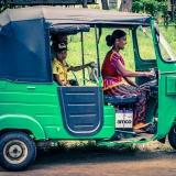 Sri Lanka - Familly in tuk tuk